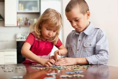 Giochi per allenare la mente dei bambini