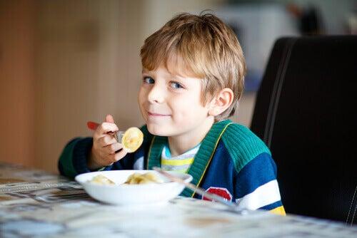Come scegliere una merenda sana per vostro figlio