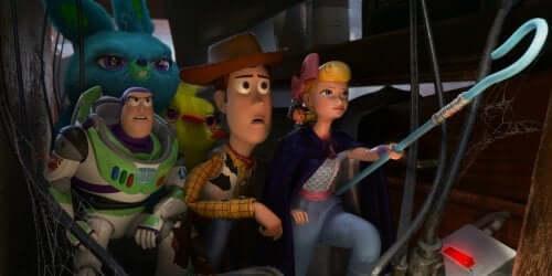 in Toy Story 4, il personaggio di Bo Peep incarna un modello di donna molto più attivo e determinato