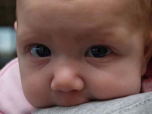 A volte ci sono bebè che sono semplicemente predisposti a vomitare più spesso