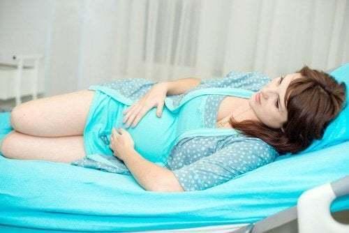 Rischi della ritenzione del materiale placentare