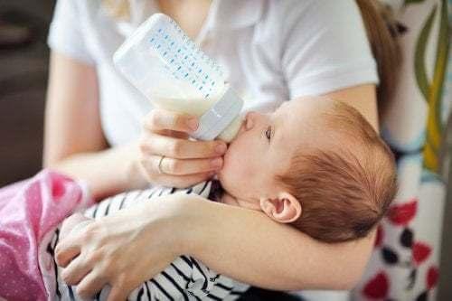 Tipi di latte speciale per i bambini con esigenze specifiche