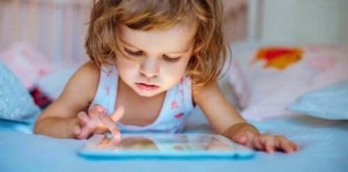 L'uso di dispositivi touch può alterare il sonno dei vostri figli