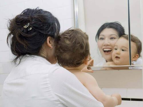 Giocare davanti allo specchio