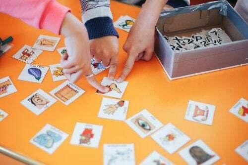 Come insegnare un'altra lingua a vostro figlio