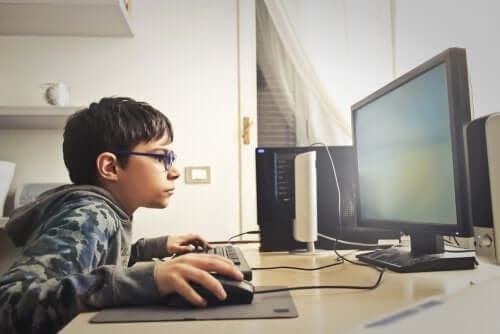oggi i bambini hanno a disposizione migliaia di possibilità di gioco