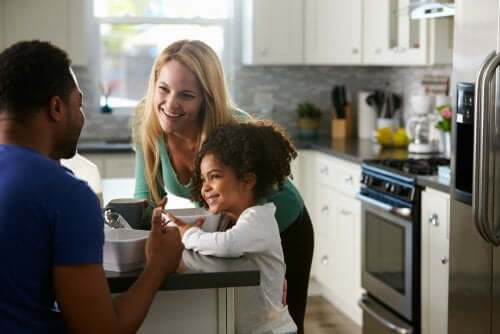 La comunicazione in famiglia è importante: ecco come si crea
