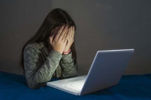 I crimini informatici nell'adolescenza