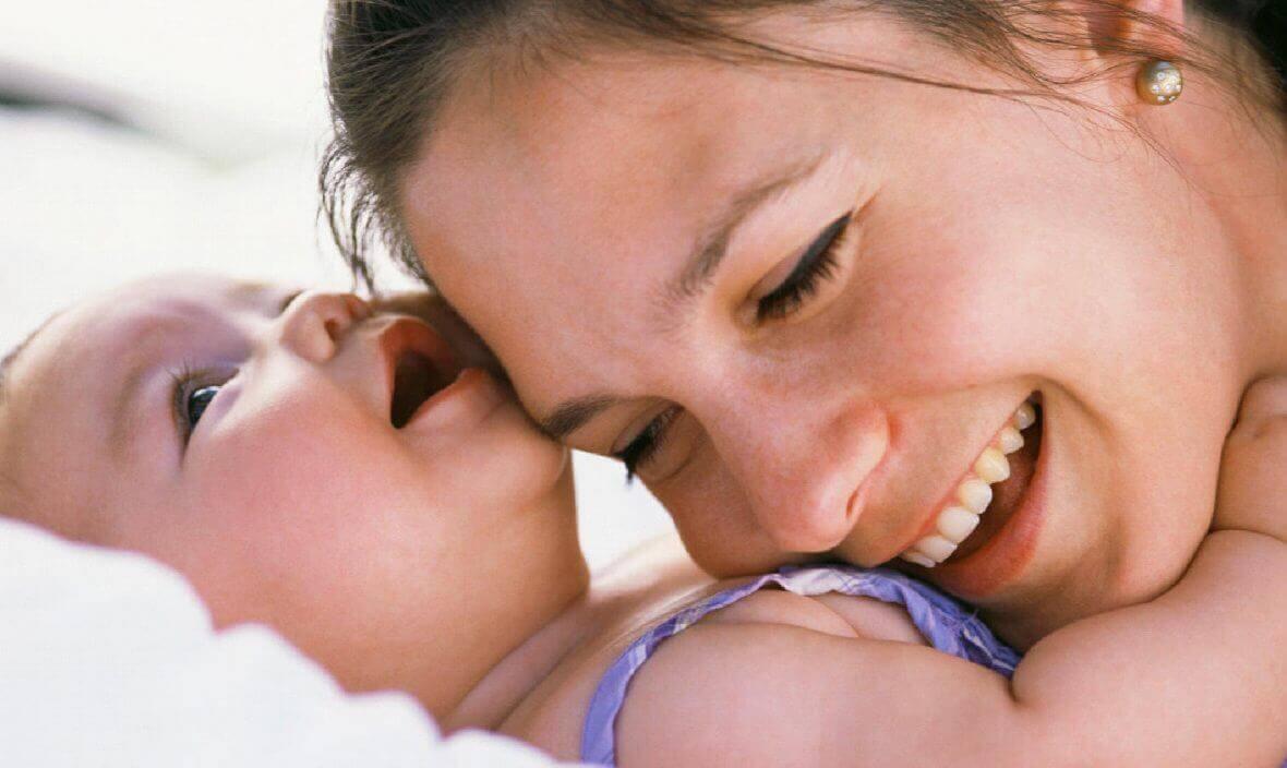 parlare a vostro figlio ha l'effetto di attivare alcune importanti aree del suo cervello