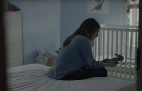 Bambini malati, mamme forti: lo spot che va dritto al cuore