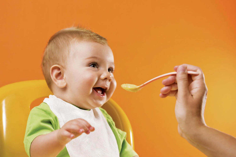 rendere il pasto un momenti rilassato e piacevole aiuta a creare un rapporto sano con il cibo