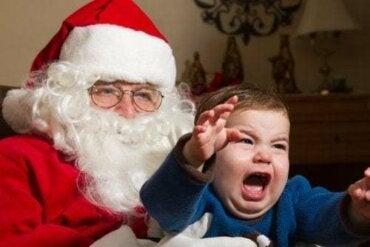 La paura di Babbo Natale e della Befana nei bambini