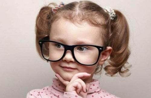 Perché l'intelligenza dei bambini è così sorprendente?