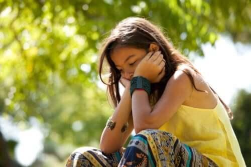 Una bassa autostima porta a sviluppare sensazioni di paura e insicurezza.