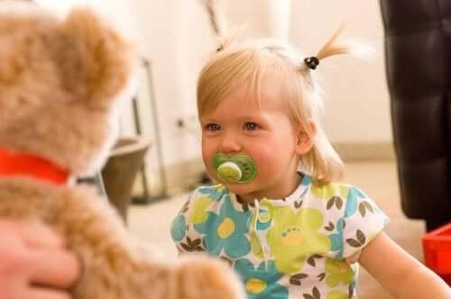 Gli stimoli positivi attivano la memoria del vostro bambino