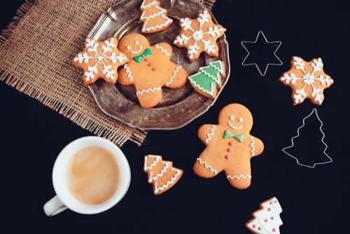 Biscotti di pan di zenzero natalizi: la ricetta casalinga