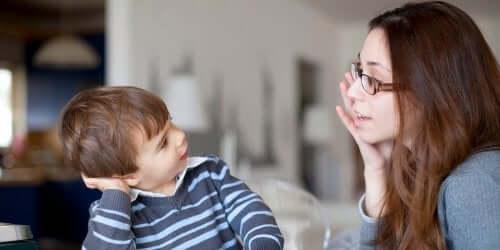 Segnali di ritardo del linguaggio in bambini di età prescolare