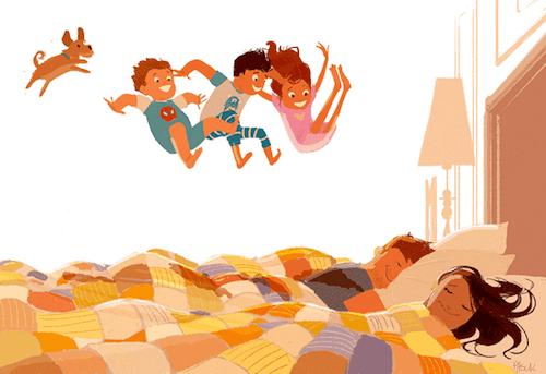 Madre e padre che dormono e figli che entrano nella camera da letto.