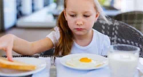 Mio figlio mangia poco, devo preoccuparmi?