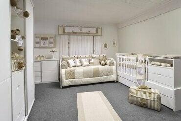 9 cose che non devono mancare nella camera da letto del vostro bebè