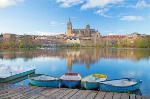 Cattedrale di Salamanca e fiume Tormes