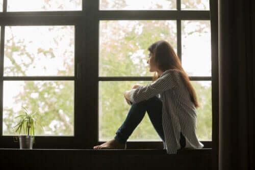 per gli adolescenti, il periodo di isolamento può essere particolarmente difficile da sopportare