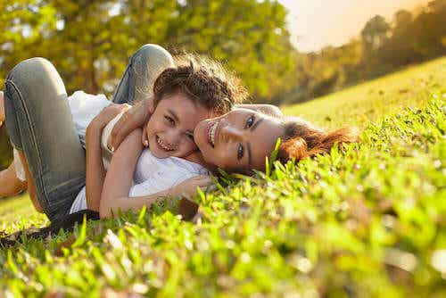 Essere madri: 15 frasi sulla maternità