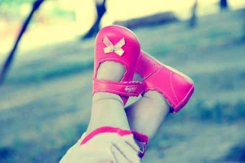 Come scegliere le scarpe giuste per i bambini?