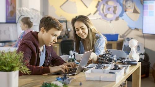 L'importanza dei privilegi: come insegnarla agli adolescenti