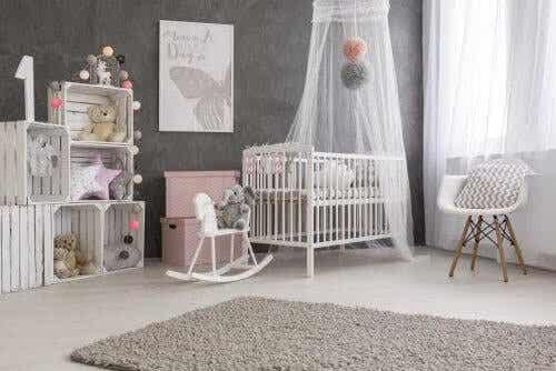 Trucchi per decorare la cameretta del neonato