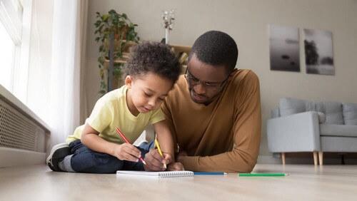 3 giochi con carta e matita per divertirsi in casa