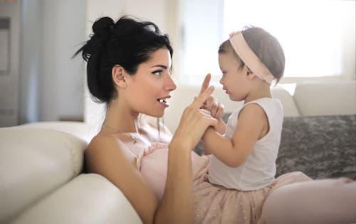 Evoluzione del linguaggio nei bambini: lo stadio prelinguistico