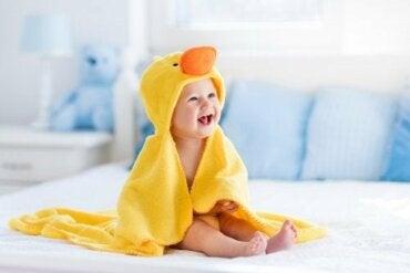 Le fasi dello sviluppo del bambino nel primo anno di vita