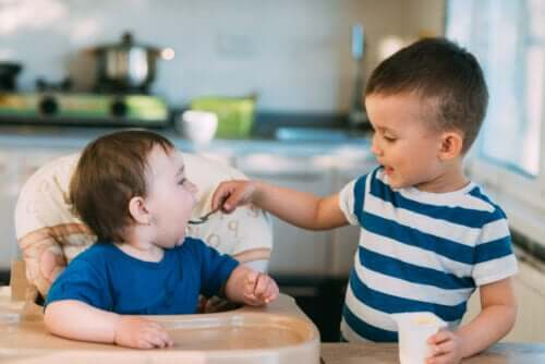 Amore tra fratelli: 13 bellissime frasi