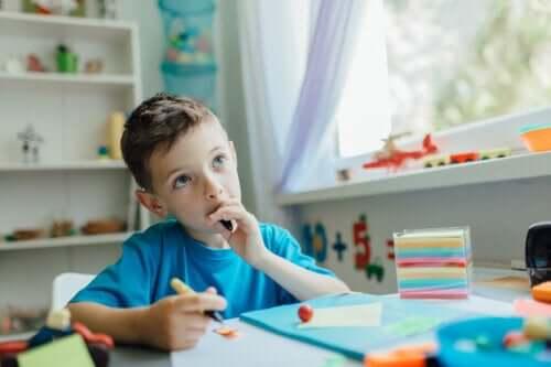 Come insegnare ai figli a imparare a pensare