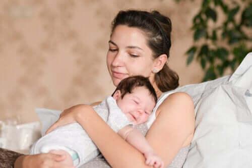 Di cosa ha bisogno un neonato quando lascia l'ospedale?