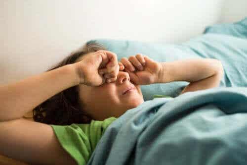 L'ubriachezza da sonno nei bambini: cos'è e che si può fare?