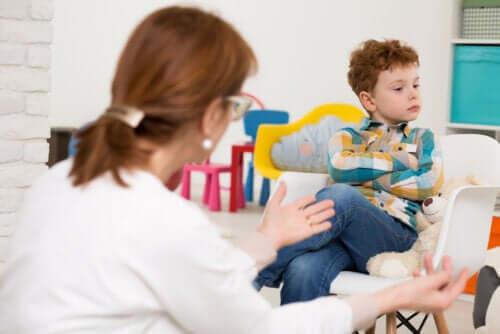 La crisi adolescenziale in età infantile nei bambini di 6 anni