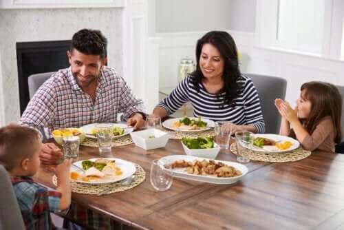 Tipi di famiglia e unione tra i membri.