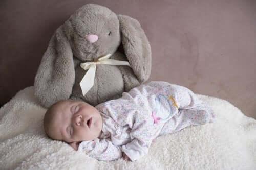 Com'è il sonno del neonato durante i primi tre mesi?