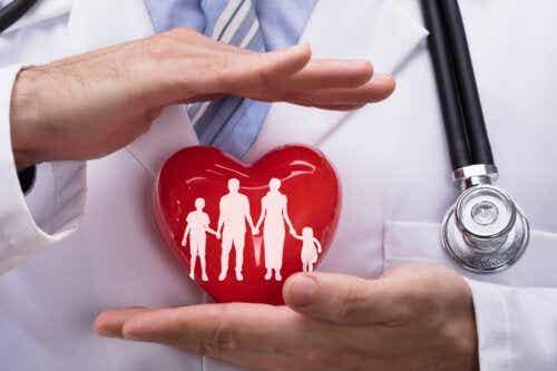 Assicurazione sanitaria familiare: cosa tenere in considerazione?