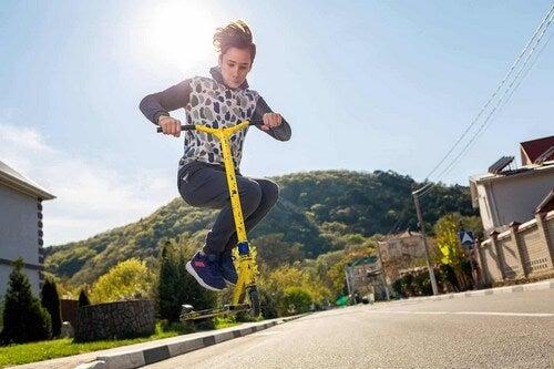 Lo sport aiuta gli adolescenti.