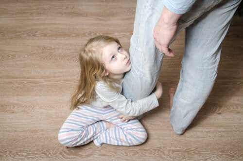 5 segni che vostro figlio è infelice