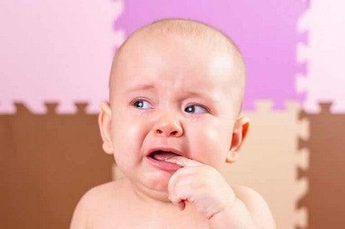 Afte della bocca nel bambino piccolo: come trattarle?