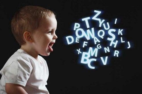 Cosa capisce un bambino di tre anni quando gli parliamo?
