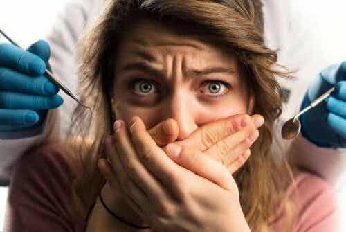 Anestesia dentale in gravidanza: ci sono dei rischi?