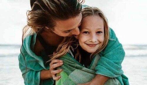 Perché il legame tra madre e figlia è così forte?